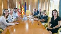 Reunión del alcalde y las concejalas Marisa Gayo y Mari Carmen de España con los miembros de ARA