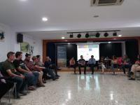 Técnicos del Ayuntamiento junto a la edil de Coordinación de Proyectos, Mª Dolores Padilla, y María del Carmen de España, concejala de Urbanismo y Vivienda, con asociaciones y entidades del territorio EDUSI en el CREM.