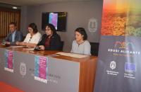 Mesa de presentación del proyecto con los cuatro portavoces