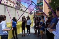 Los alumnos explican el significado de la instalación