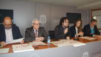 Mesa con los representaantes públicos que han intervenido en la presentación