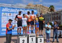 Conjunta de ganadores del Alicante Triatlón
