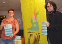 El concejal Daniel Simón y la técnico María Jesús Lario, en la presentación
